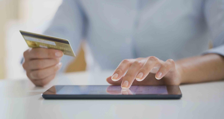 comportamiento del usuario en los sitios web de banca y seguros
